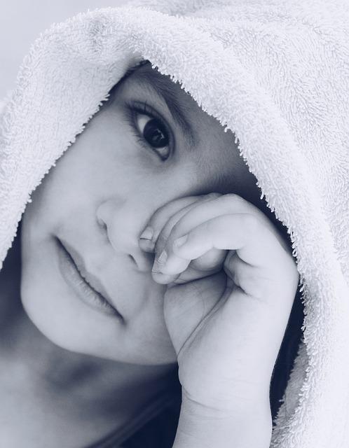 Gdy dziecko coraz częściej moczy się w nocy